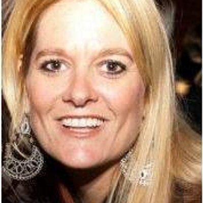 Heidi LaRochelle | Social Profile