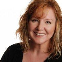 Lisa Maxwell | Social Profile