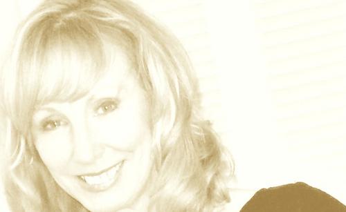 Elaine Lemm Social Profile