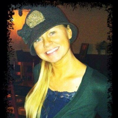 Amanda Chavis | Social Profile