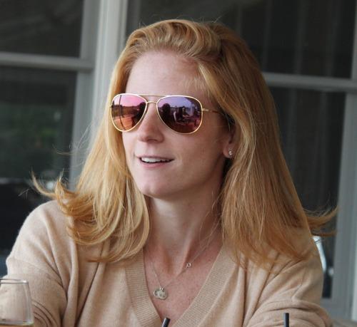 Lindsey Mead Social Profile
