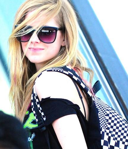 Fã Clube Avril L. Social Profile