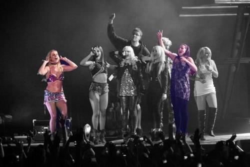 BritneyUKSpears! Social Profile