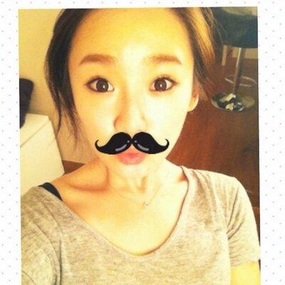 키무아응나 | Social Profile