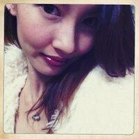  Lucia S. | Social Profile
