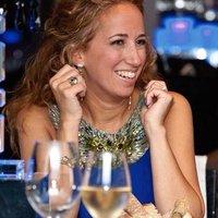 Louise L | Social Profile
