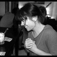 Jeanne | Social Profile