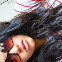 larissa gomes  | Social Profile