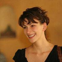 Melanie Gray | Social Profile