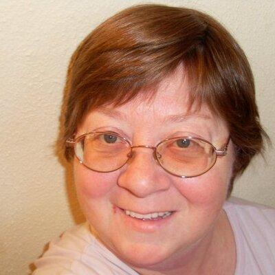 Maggie Zarcufsky | Social Profile