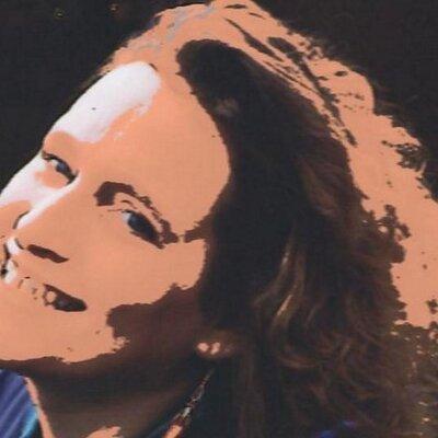 Marijke van Beurden | Social Profile