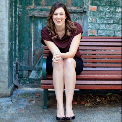 Victoria Cameron | Social Profile