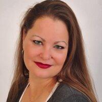 Lynne Robson   Social Profile