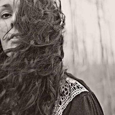 Debs Ivelja | Social Profile
