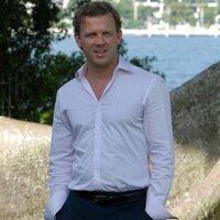 Jonathan Benz | Social Profile