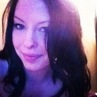 Laura Morris   Social Profile