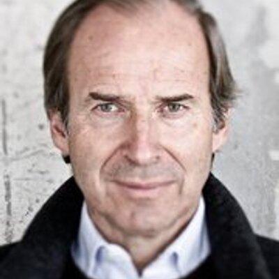 Simon de Pury   Social Profile