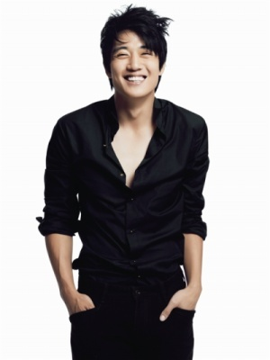 KIM RAE WON 김래원 Social Profile
