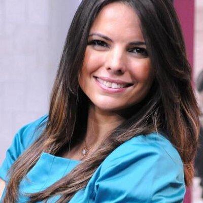 Fernanda Bezerra | Social Profile