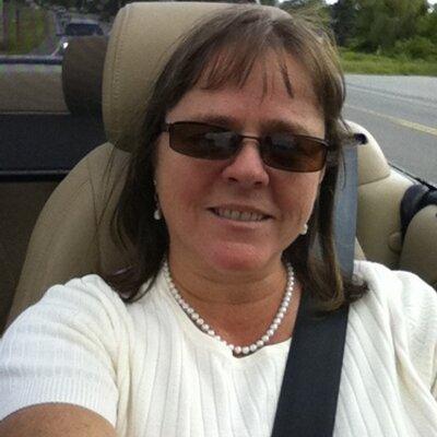 Diane Vautier   Social Profile