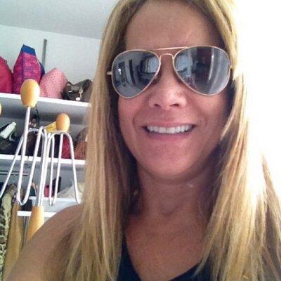 ana lucia coutinho | Social Profile
