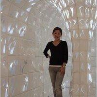 Mona Sumi | Social Profile