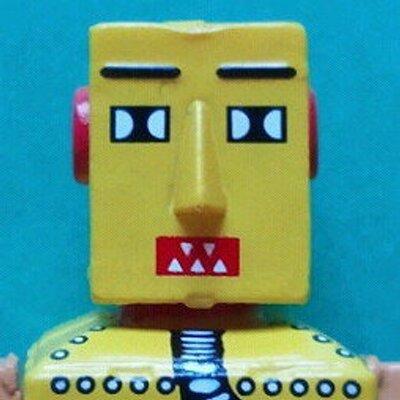 おせっかいなおもちゃ好き | Social Profile