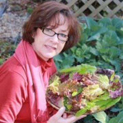 Carolyn Binder | Social Profile