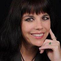 Shannon MacLeod | Social Profile