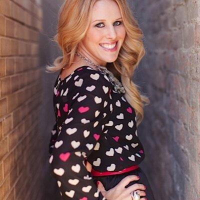 Rachel Troyan | Social Profile
