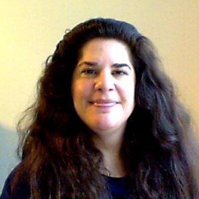 Laurie | Social Profile