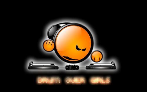DJ T0my