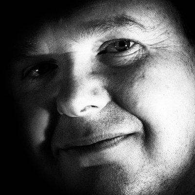 Simon Latham   Social Profile