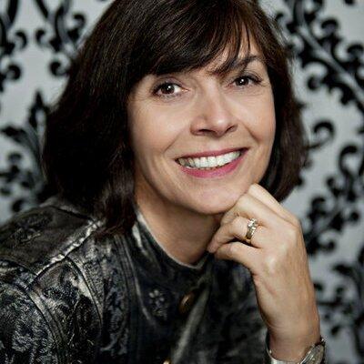Suzanne Nourse | Social Profile