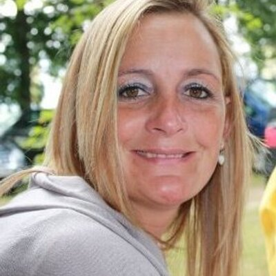 suzanne dickens | Social Profile