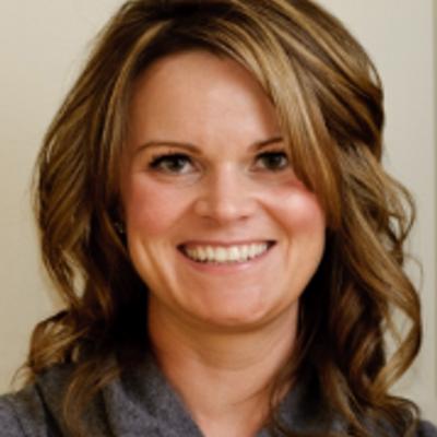 Kelly Snyder   Social Profile