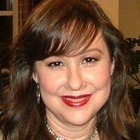 Laura Iriarte | Social Profile
