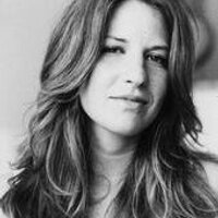 Alana Kelen | Social Profile