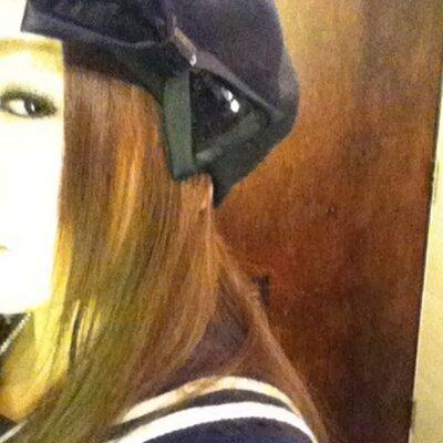 女王NAOKO | Social Profile