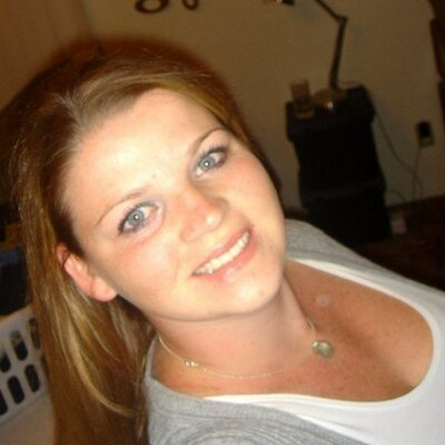 Amanda - MommyMandy   Social Profile
