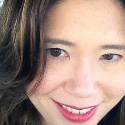 Wanda Moebius | Social Profile