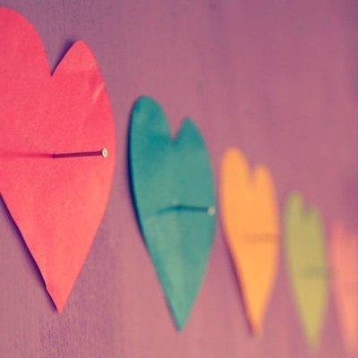 สีของหัวใจ :) | Social Profile