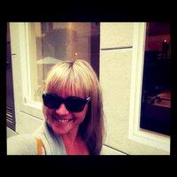 Sheridan Gaenger | Social Profile