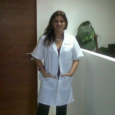 Claudia Dehesa | Social Profile