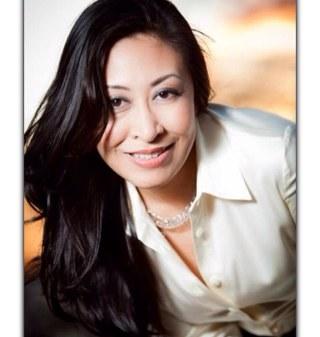 Linh Hoang Poe Social Profile