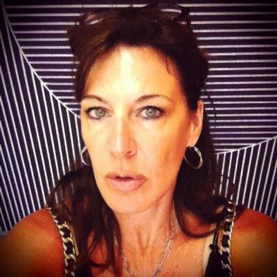 Laura DePasquale | Social Profile