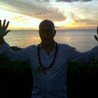 Jimson Bienenstock | Social Profile
