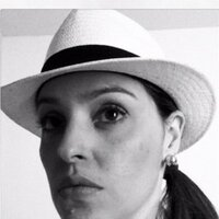 Irla Nogueira | Social Profile