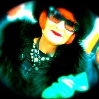 Jenny Andrew | Social Profile