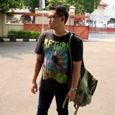 Yoghi Permana Idris | Social Profile
